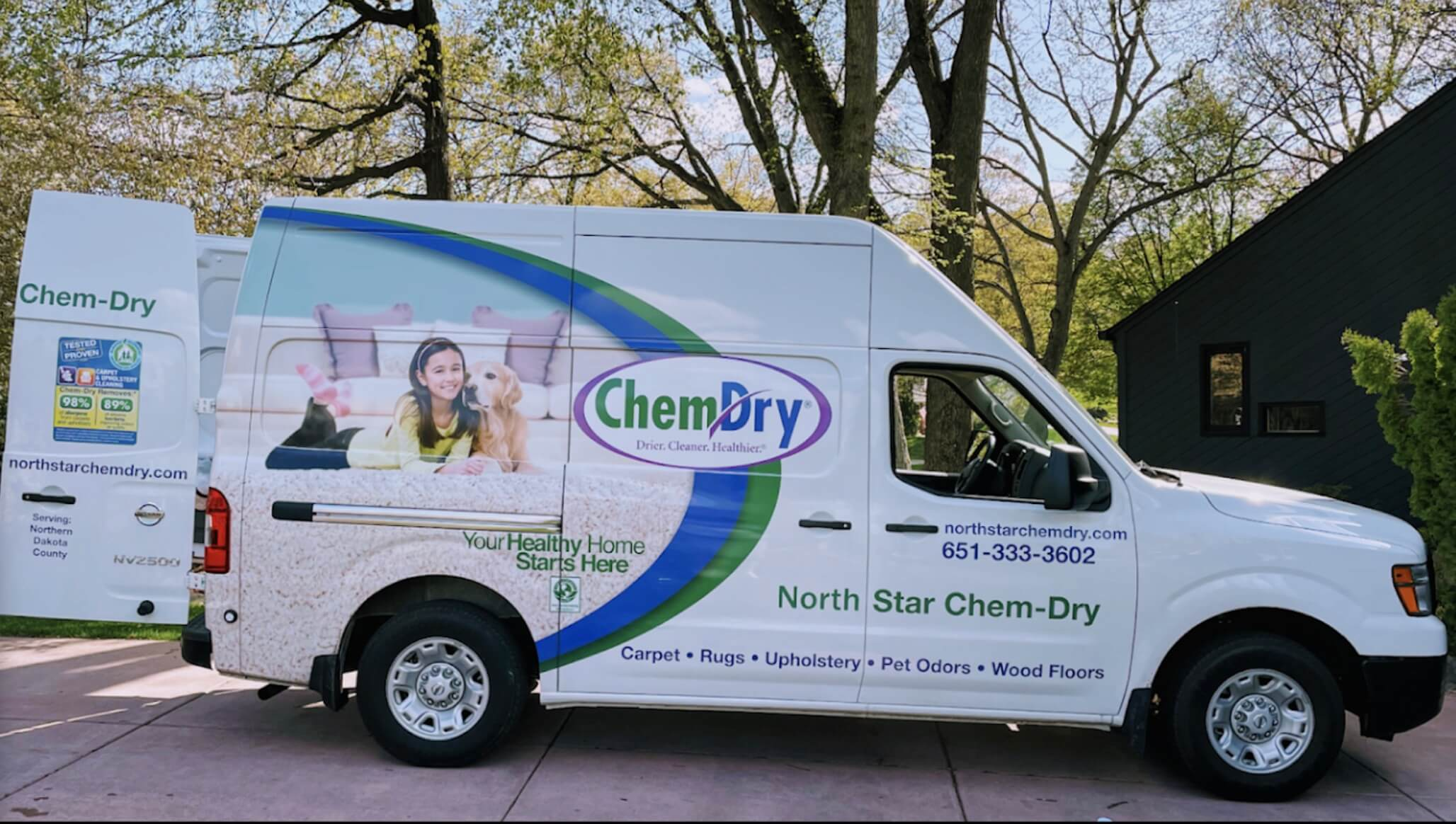 carpet cleaner with van and equipment